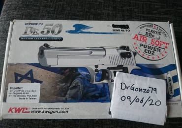 KWC DE.50 Desert Eagle CO2 Gas Blowback Pistol